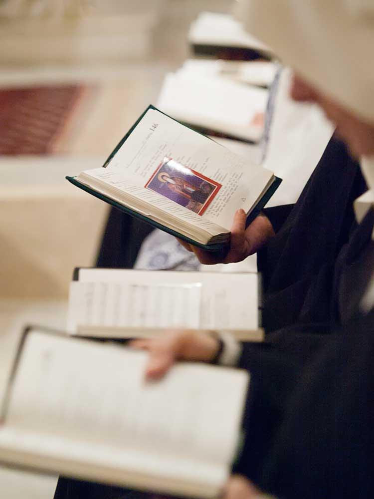benedictins-abu-gosh-liturgie