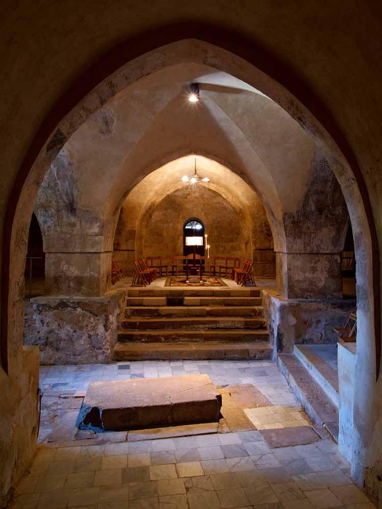 monastere-abu-gosh-crypte