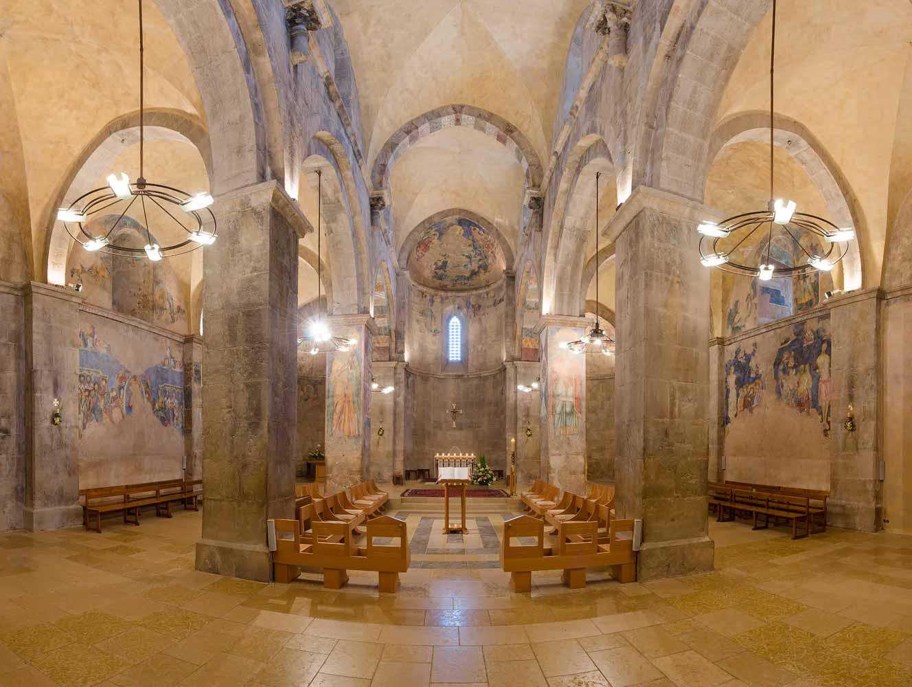 monastere-abu-gosh-eglise-interieur